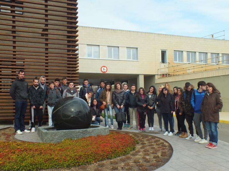 Comunitat General de Regants de la Dreta de l´Ebre : NOTÍCIES : Alumnes del Pla de Polítiques Actives visiten la Comunitat de Regants
